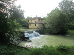 Renovated water mill(260m²) with chambres d'hôtes on 4.3Ha of land.