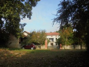 Solid stone built house(200m) with outbuildings on 2.7Ha
